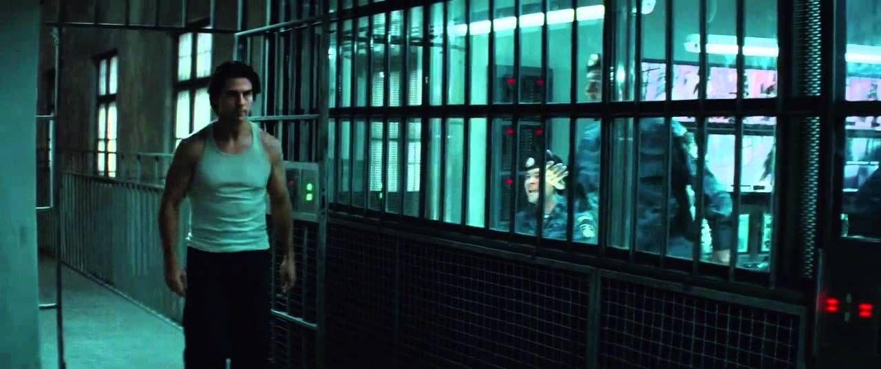 刑務所にいるイーサン